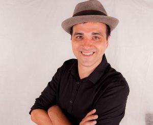 Curriculum Julian Sgherla insegnante teatro Trieste